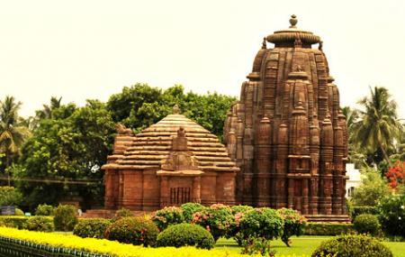 Rajarani Temple Image