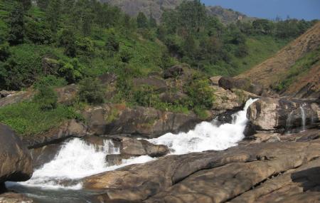 Pallivasal Falls Image