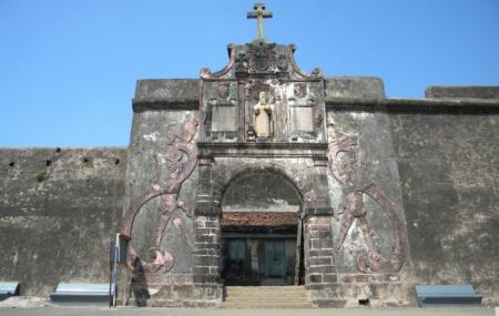 Nani Daman Fort Image