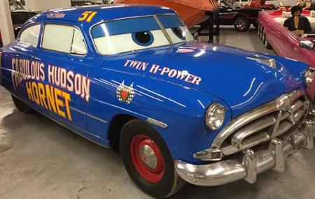 Hollywood Cars Museum Image