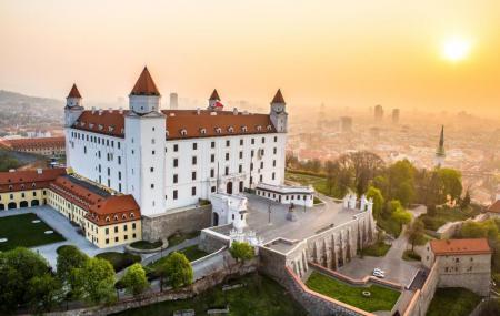Bratislava Castle Image