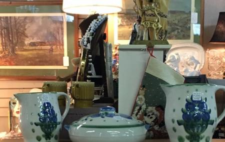 The Crazy Daisy Antique Mall Image