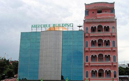 Grand Merciful Building Image