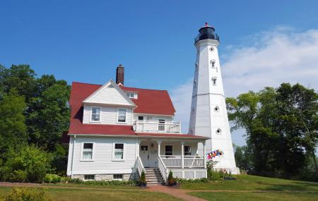 North Point Lighthouse Image