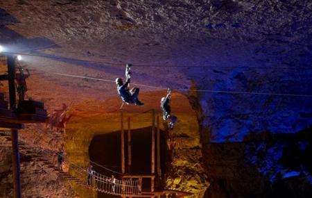 Louisville Mega Cavern, Louisville