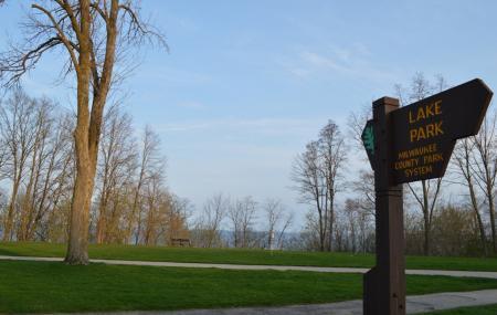 Lake Park Image