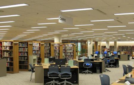 Noel Wien Public Library Image