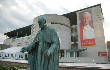 Saint John Paul I I National Shrine Image