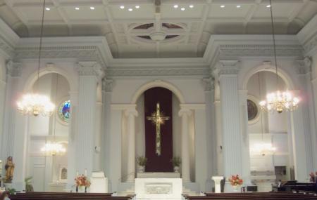 Holy Trinity Catholic Church Image