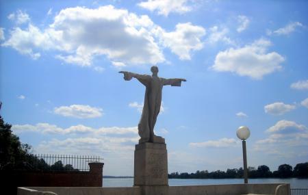 Titanic Memorial Image