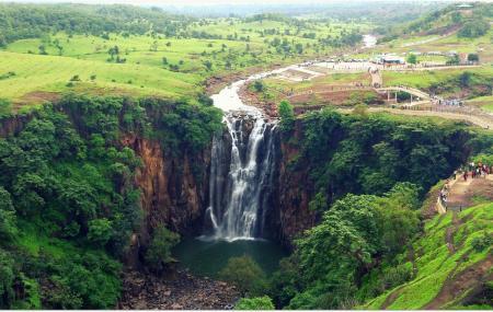 Patalpani Waterfall Image