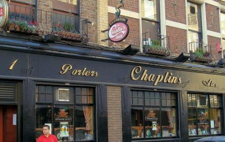 Chaplins Bar Image
