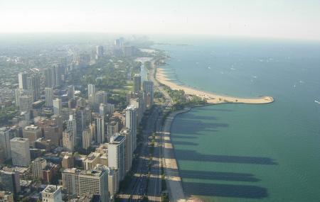 North Avenue Beach Image