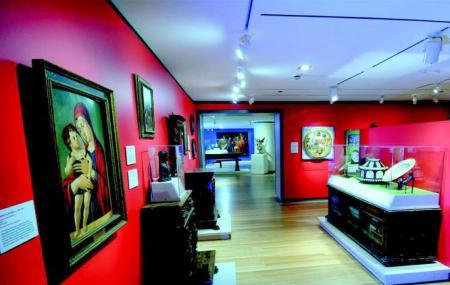 Loyola University Museum Of Art Image