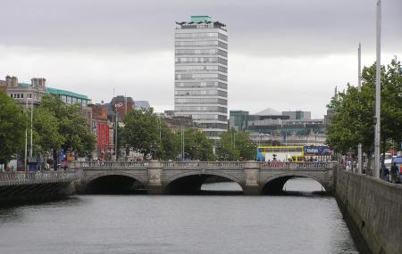 O'connell Bridge Image
