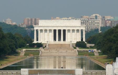 Lincoln Memorial Reflecting Pool Image