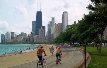 Lakefront Trail Image