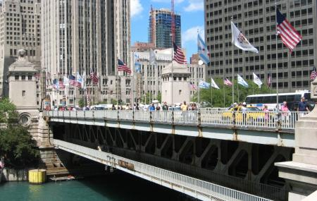 Michigan Avenue Bridge Image