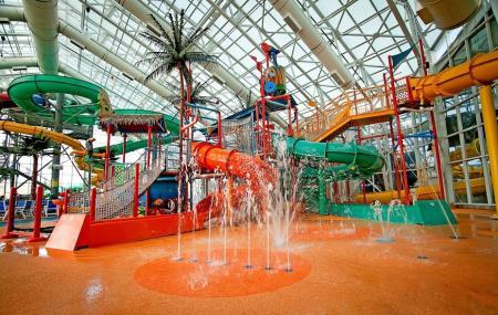 Watiki Indoor Waterpark Resort Image