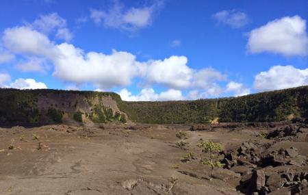 Hawaii Volcanoes National Park Image