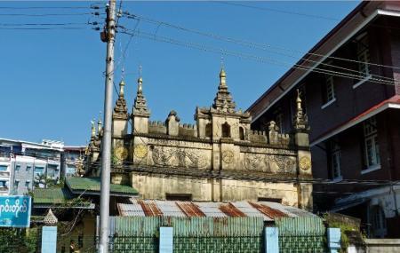 Sein Yaung Chi Pagoda Image