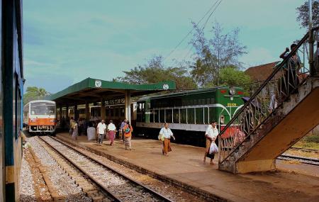 Yangon Circular Train Image