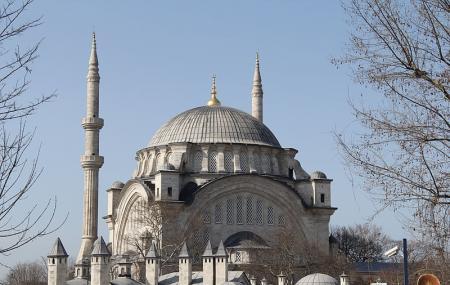 Nuruosmaniye Mosque Image