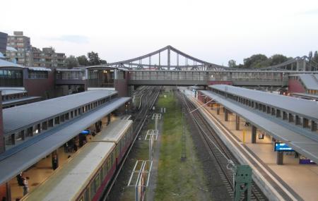 Berlin Gesundbrunnen Station Image