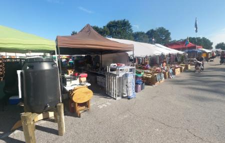Raleigh Flea Market Image