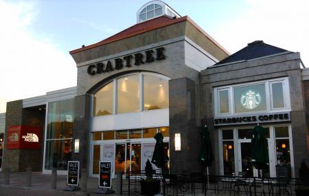 Crabtree Valley Mall Image