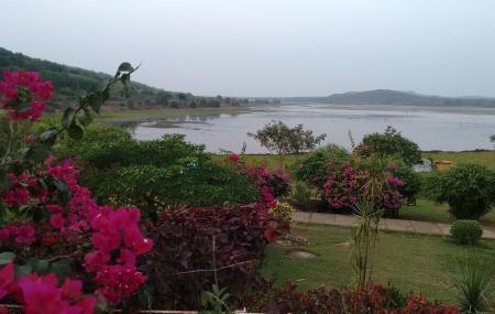 Ansupa Lake Image