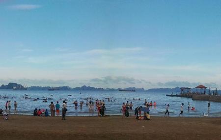 Bai Chay Beach Image
