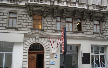 Sigmund Freud Museum Image
