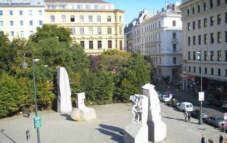Albertinaplatz Image