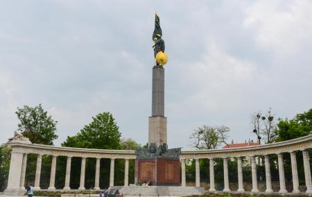 Soviet War Memorial Image