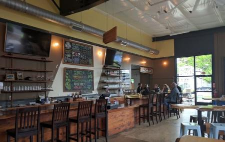 Oakshire Brewing Image