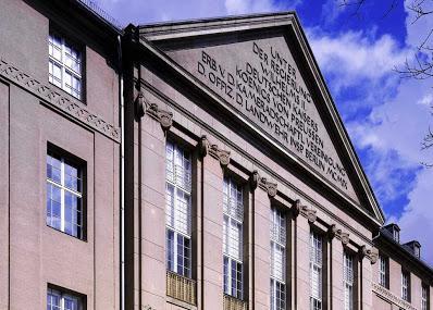 Helmut Newton Foundation Image