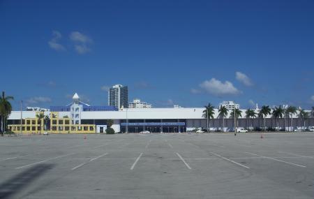 Miami Beach Convention Center Image