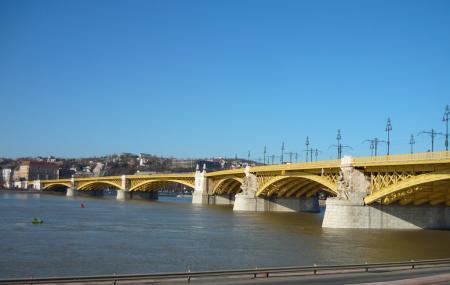 Margaret Bridge Image