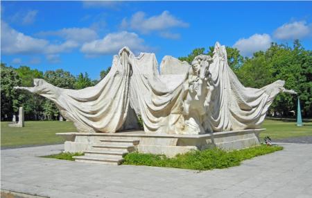 Kerepesi Cemetery Image