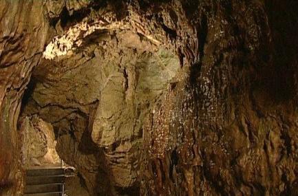 Buda Caves Image