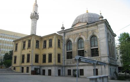 Tesvikiye Mosque Image