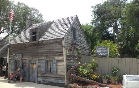 Oldest Wooden Schoolhouse Image