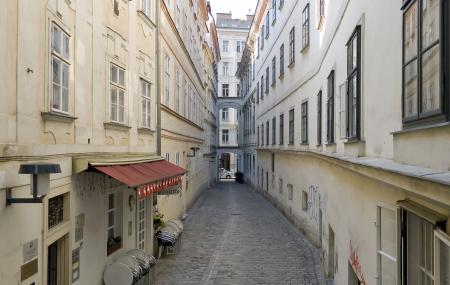 Blutgasse District Image