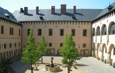 Italian Court Image
