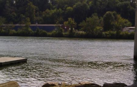 Governor Ned Mc Wherter Riverside Landing Park Image