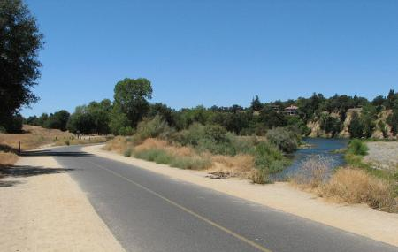 Jedediah Smith Memorial Trail, Sacramento