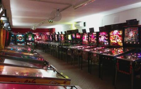 Budapest Pinball Museum Image