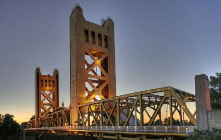 Tower Bridge Image