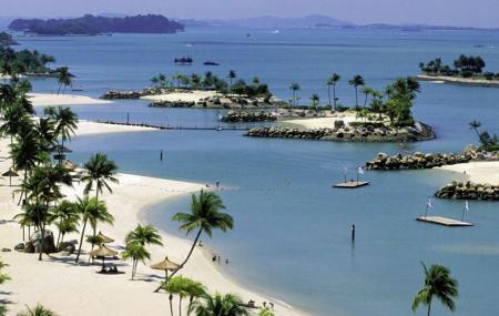 Siloso Beach Image